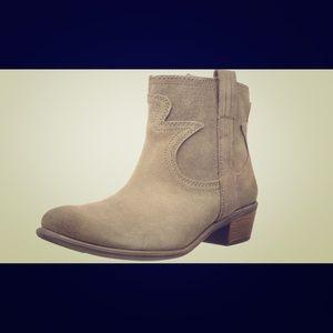 COMING SOON!! Lucky Brand Boot Terra Sz 7(37)